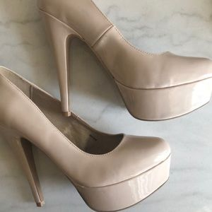 CHARLOTTE RUSSE    platform nude heels